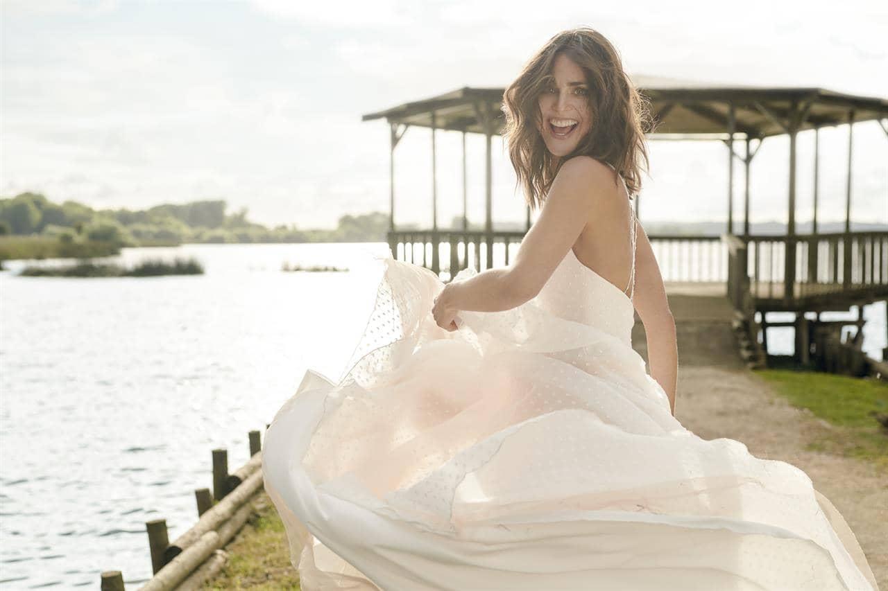 Brautkleider Und Brautmode Brautkleider Brautmode Und Herrenanzuge